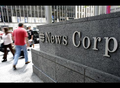 News Corp tem entre outros negócios os estúdios 20th Century Fox, e os canais Fox