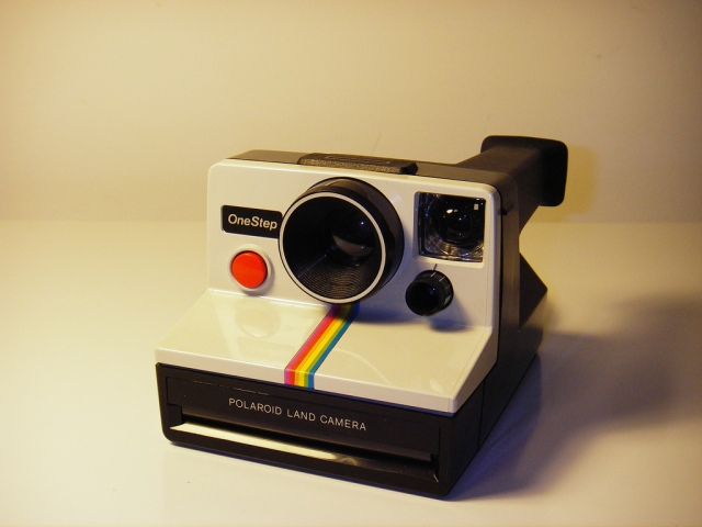 Modelo Polaroid OneStep que voltará em 2010 ao mercado.